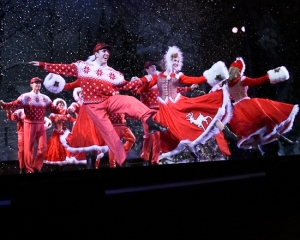 "Dennis O'Bannion, left, performs with the Broadway company of ""White Christmas"" in 2008. The show plays at CMTSJ through Dec. 15th. (Photo courtesy of CMTSJ)"